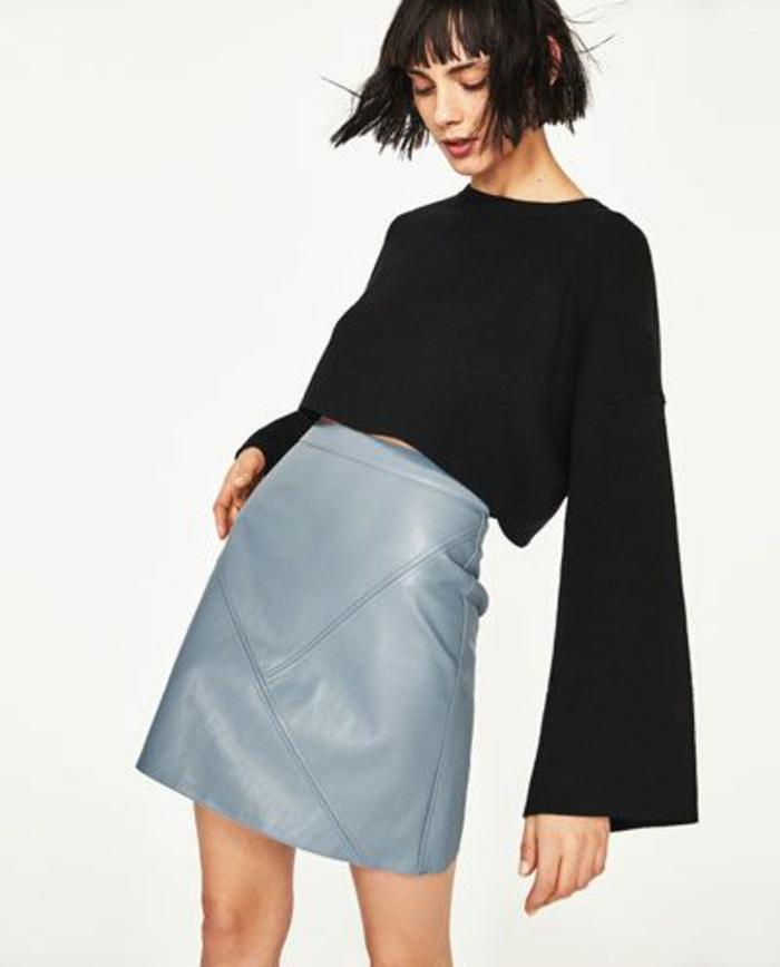 jupe forme trapèze en couleur métallique