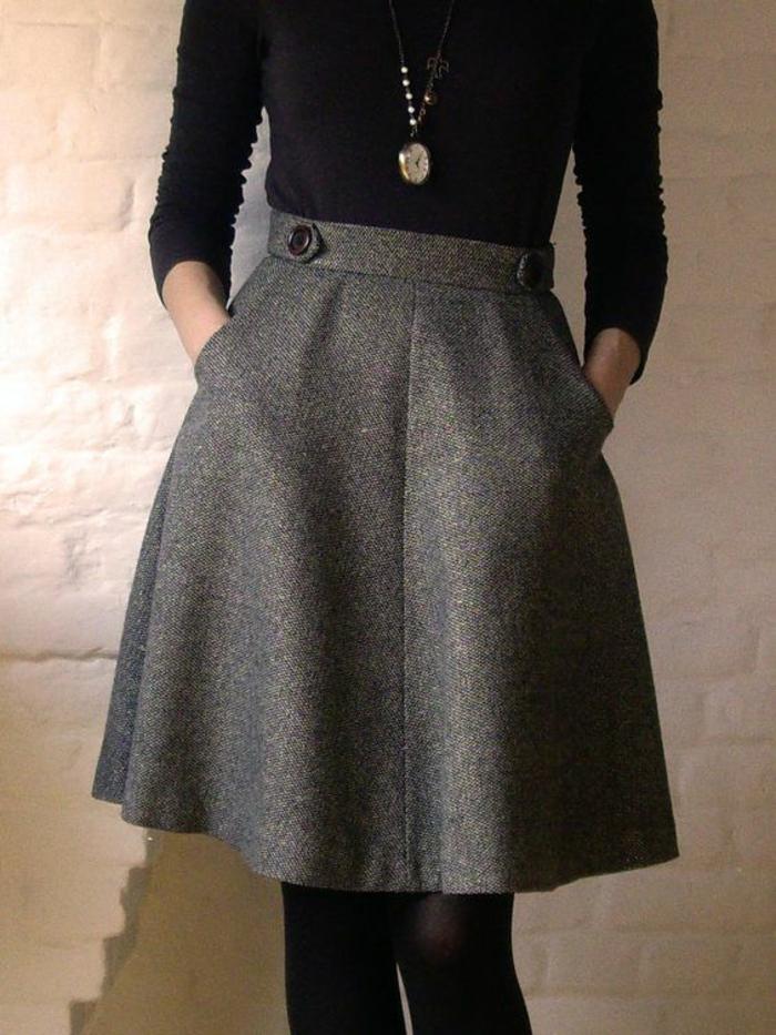 jupe forme trapèze en gris pour les mi-saisons