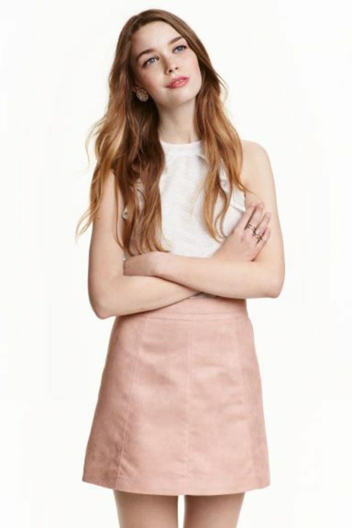 jupe trapeze courte en rose pastel style romantique