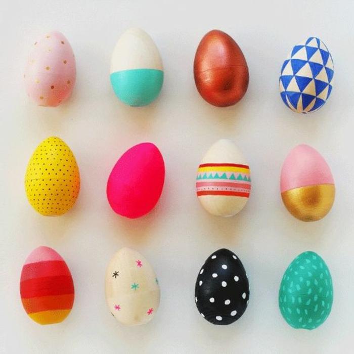 Beau oeuf de Pâques décoration coloration simple idée pour décorer
