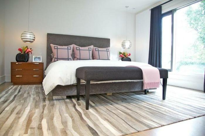 Tete de lit gris et rose for Chambre en gris et rose