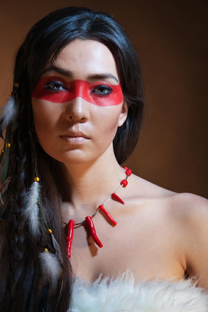 1001 bonnes id es pour le maquillage indienne - Plume dans les cheveux ...