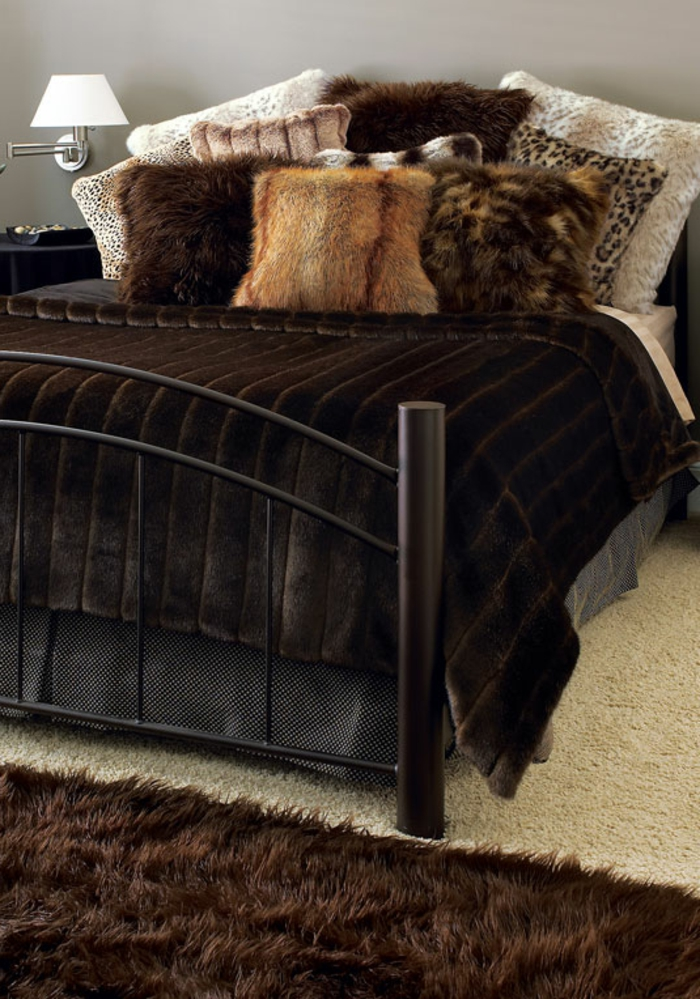 matelas nid douillet maison design. Black Bedroom Furniture Sets. Home Design Ideas