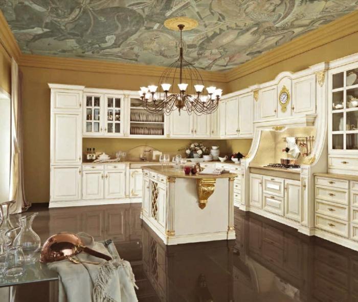 décoration baroque, îlot centrale, plafond avec déco putti, cuisine blanche