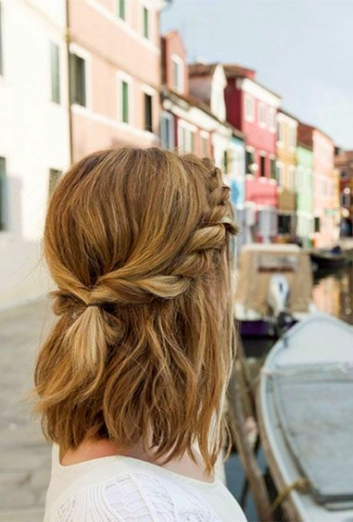 Belle coiffure boheme cheveux mi long tendance photo à Venise