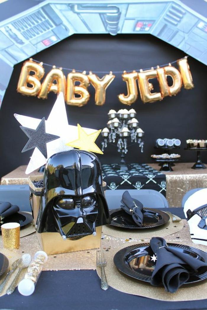 organiser une baby shower geek sur le thème star wars, déco geek originale