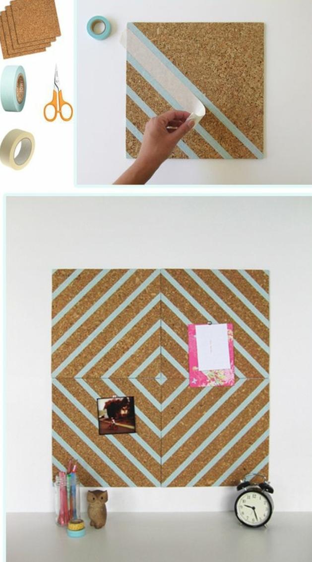 idée comment customiser un panneau d affichage, DIY déco chambre, décoration bandes de washi tape bleu, organiser ses affaires, ciseaux, masking tape, tablea liège
