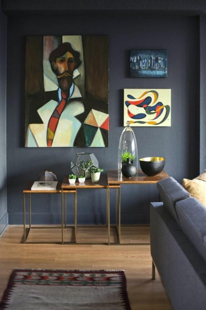 peinture glycéro grise, tableaux artistiques, petites tables gigognes et sofa grise