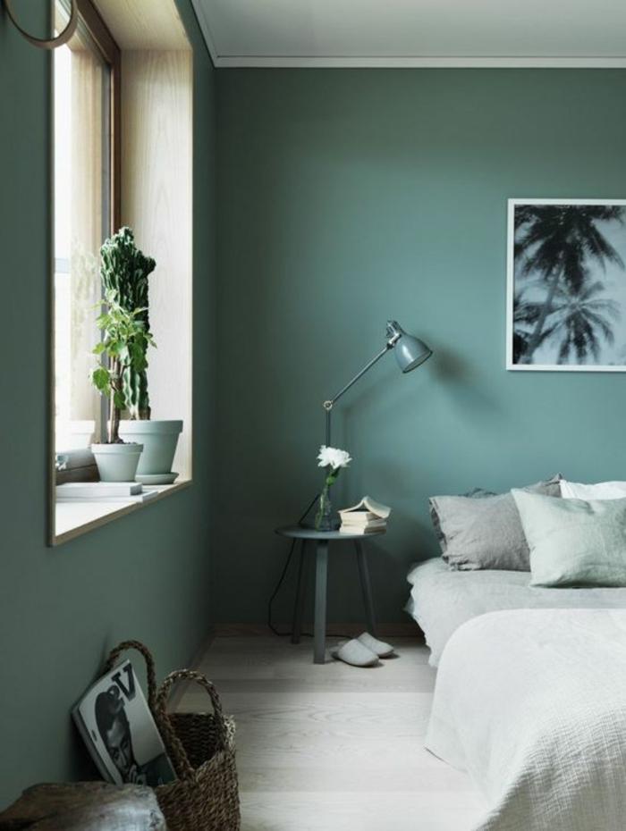 peinture glycéro, peinture gris-vert dans une chambre à coucher simple