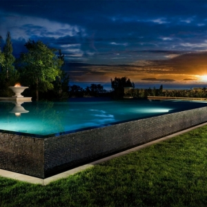 La piscine surélevée - le choix parfait pour votre extérieur. 45 photos inspirantes et conseils utiles