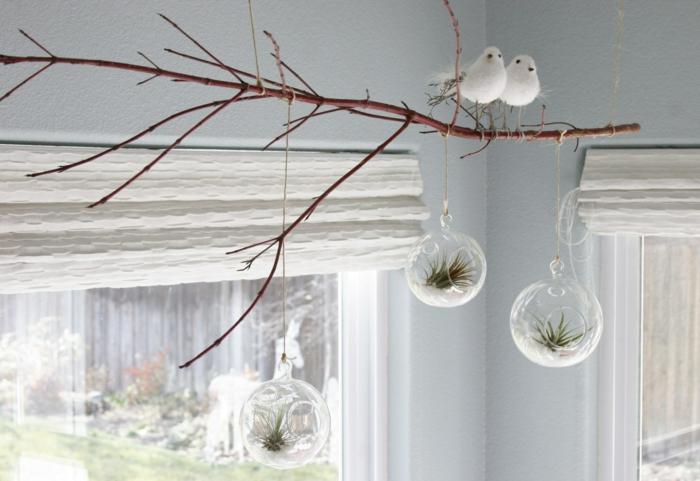 terrarium bocal, branchette décoratives, figurines oiseaux en coton, terrarium végétal
