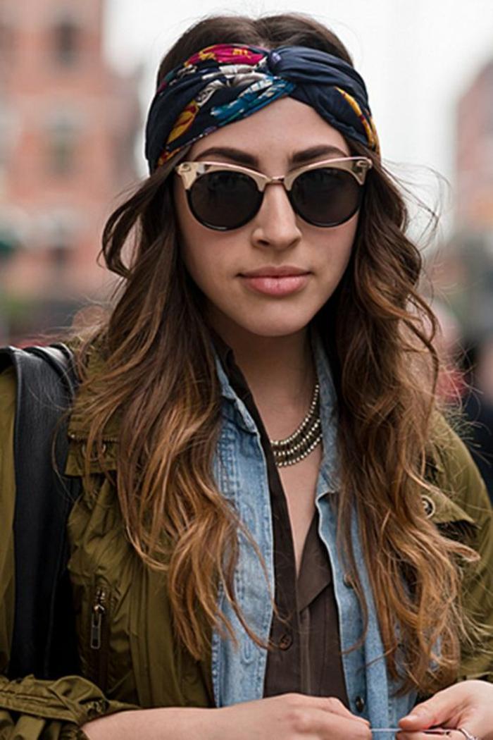 Fantastique idée coiffure boheme coiffure anniversaire foulard lunettes hipster