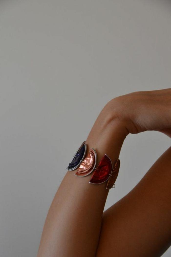 recyclage capsules nespresso, bracelet manchette