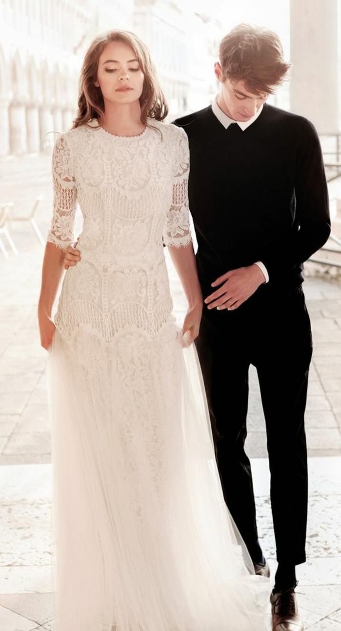 robe de mariée dentelle et tulle, robe à demi-manche