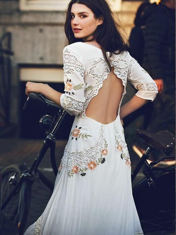 robe de mariée vintage décontractée, robe à motifs dentelle et fleurs brodées