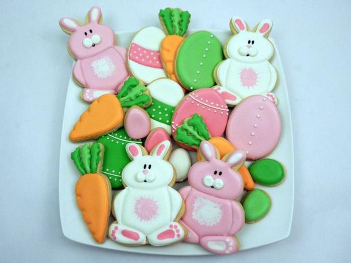 sablés de paques, lapins, carottes et oeufs de paques, glacage au chocolat, idée de recette de paques