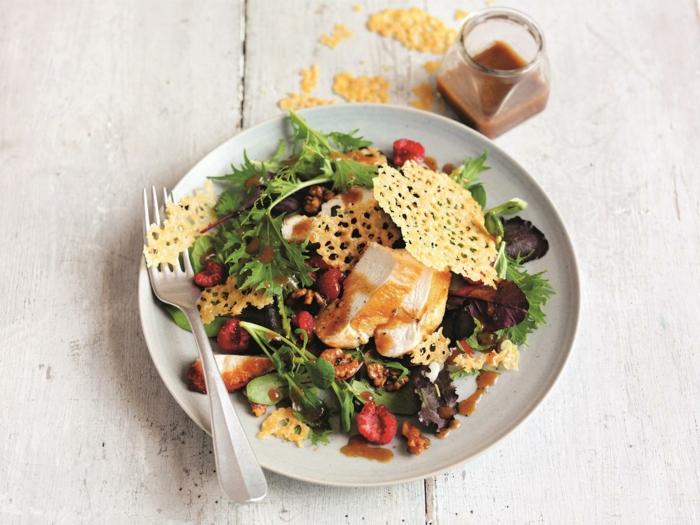 Salades composées originales entrées froides idée à faire parmezan