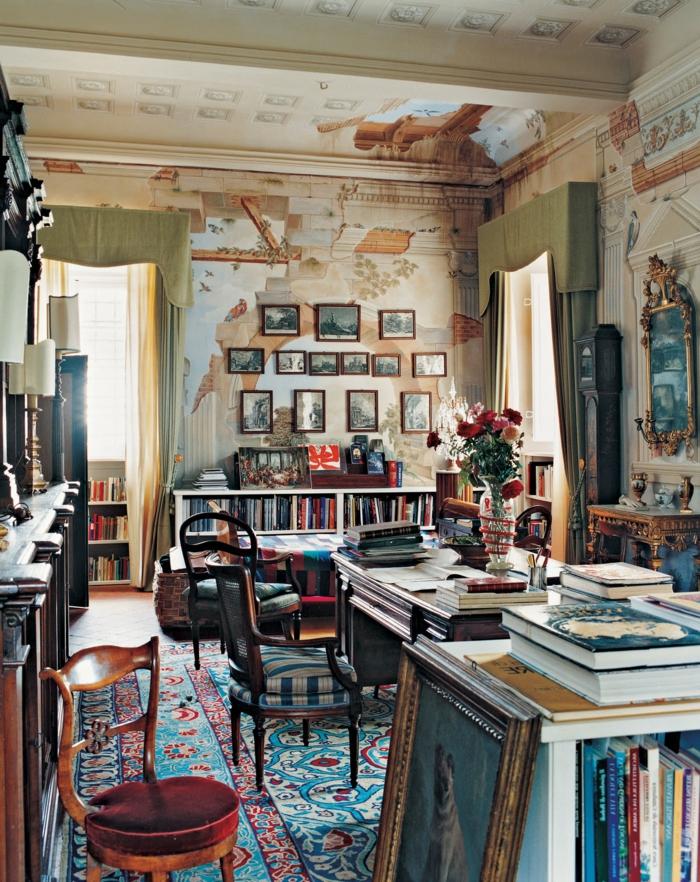 decoration boheme, chaises en bois, tapis ethniques, livres, cadres photos en bois
