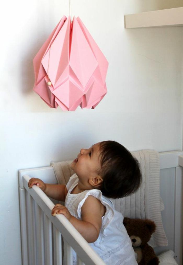 luminaire origami, chambre de bébé, décoration diy, tulipe rose lumineuse