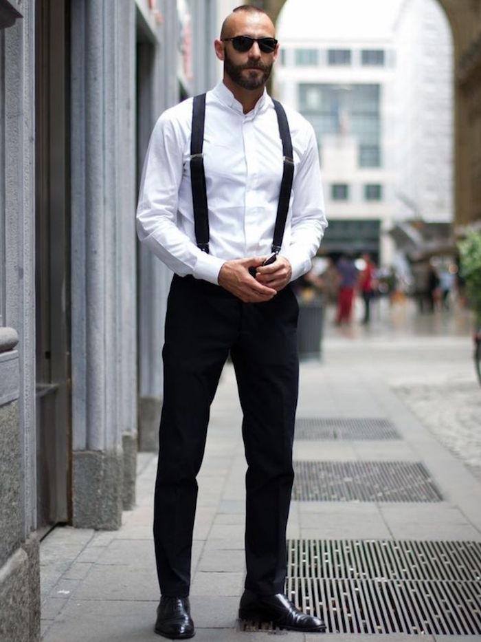 tenue classe soirée homme noir et blanc avec bretelles