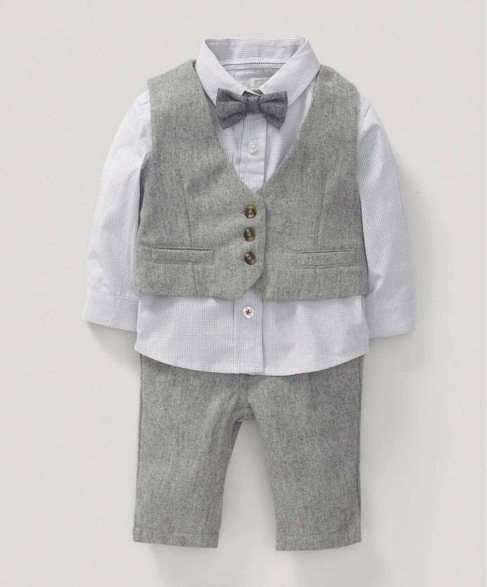 quelle tenue pour un baptême, costume garçon, papillon gris, chemise bleu clair