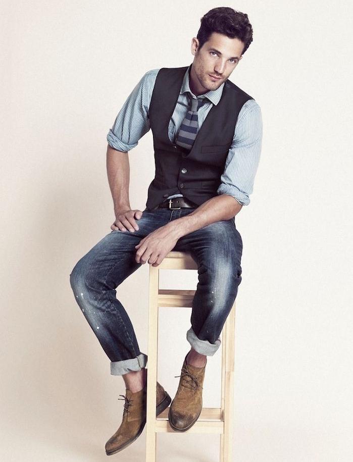 tenue décontractée homme de ville jean gilet cravate