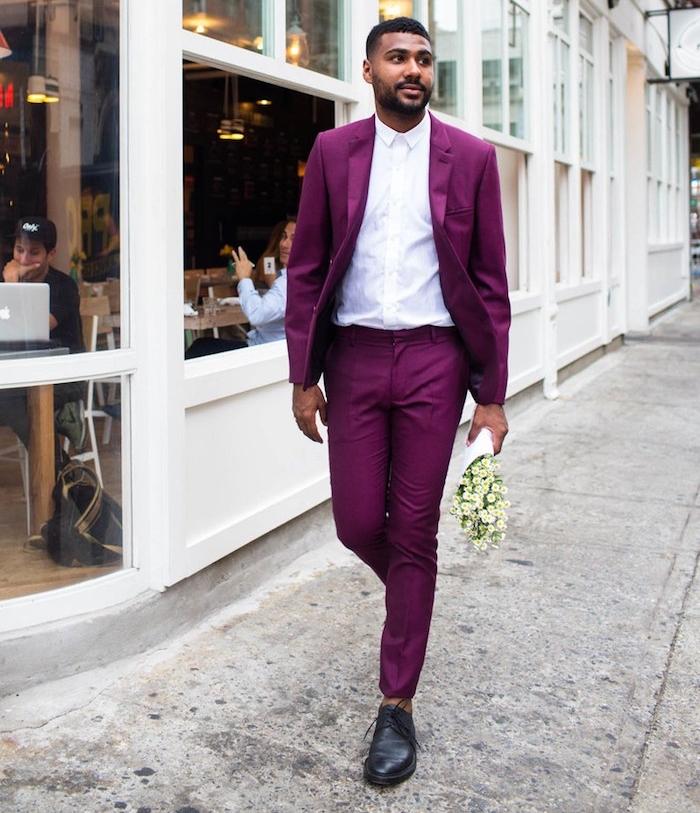 costume pourpre homme bordeaux pour soirée