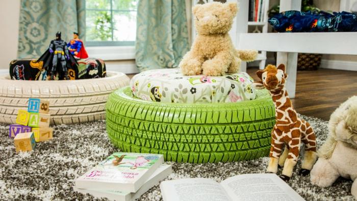 pouf pour enfant, chambre d'enfant, jouets en peluche, pouf en pneu, tapis moelleux, rideaux longs