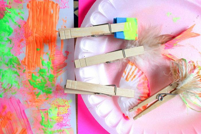activité créative pour enfants avec des pinces à linge en bois, pinceaux à dessin diy, que faire avec des pinces à linges en bois
