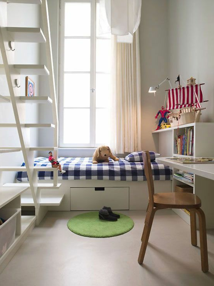 amnager une chambre de m comme chambre duenfant petit bureau blanc avec with amenagement chambre. Black Bedroom Furniture Sets. Home Design Ideas