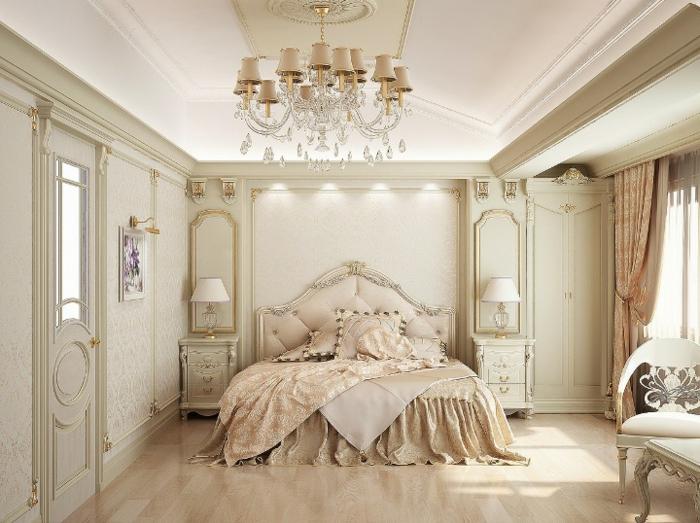 deco campagne chic, grande fenêtre, couverture de lit en lin, miroir doré, chaise blanche, parquet en bois clair