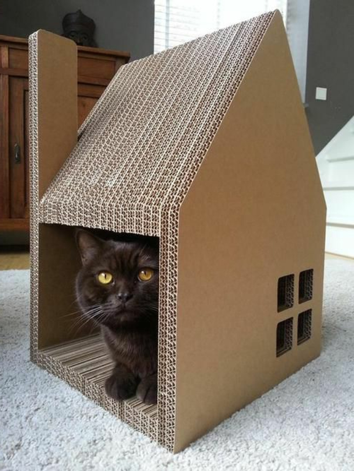 cabane a chat, design simple et stylé de maisonette de chat