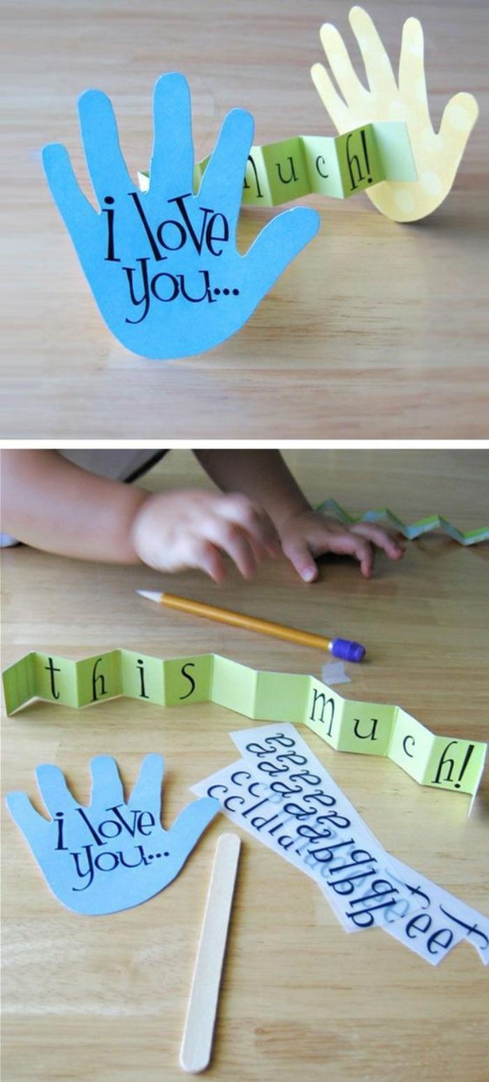 cadeau pour la fete des meres, activité manuelle maternelle, empreintes de main, papier coloré avec message sympa