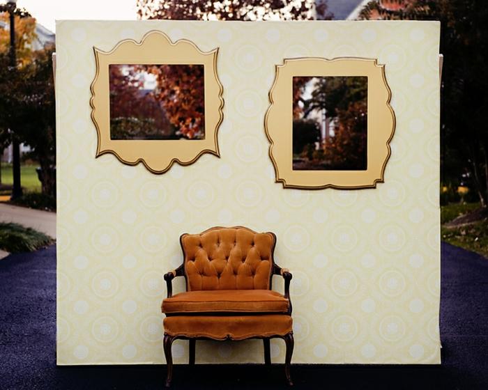 un mur de photobooth à décor vintage, un fond photobooth trompe l'œil pour réaliser vous-même