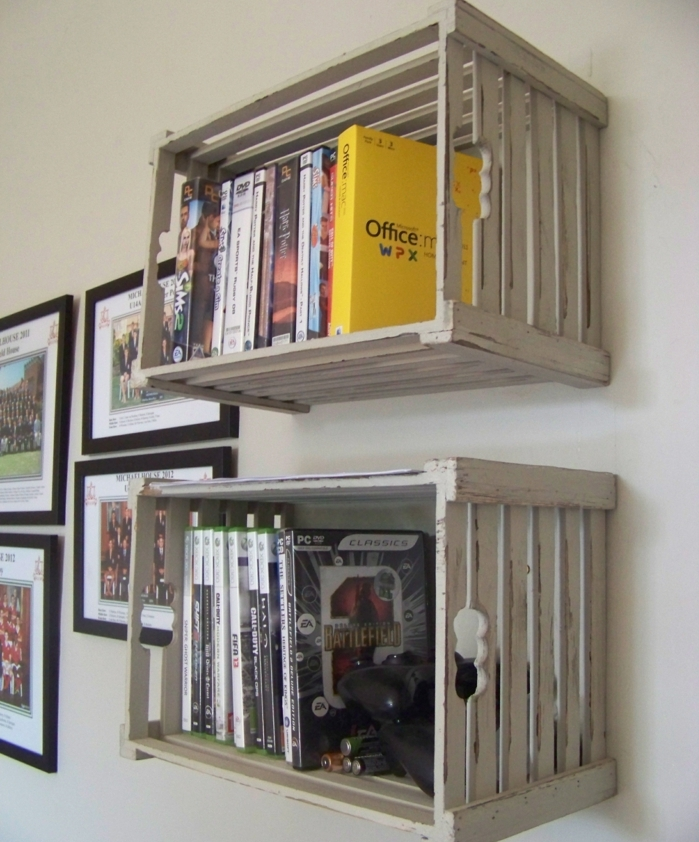 meuble en cagette tagres murales en caisses de bois ide de rangement pour livres with etagere. Black Bedroom Furniture Sets. Home Design Ideas