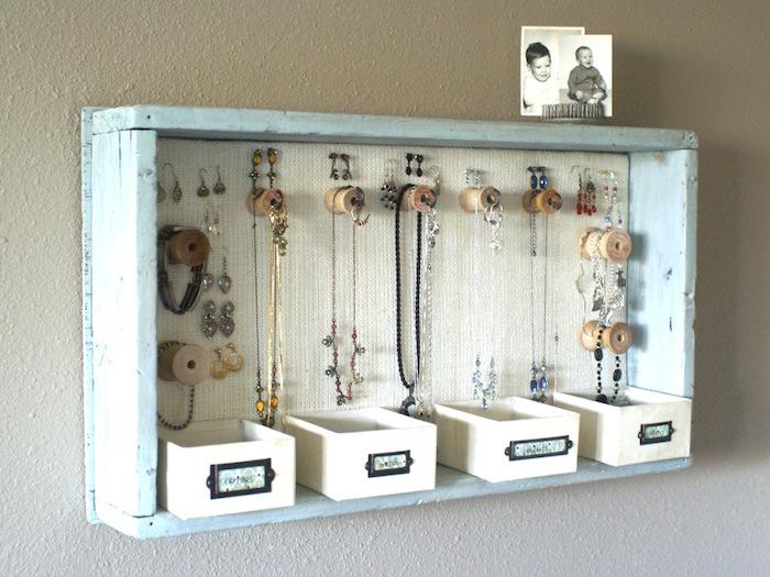 boite à bijoux murale porte collier caisse en bois deco