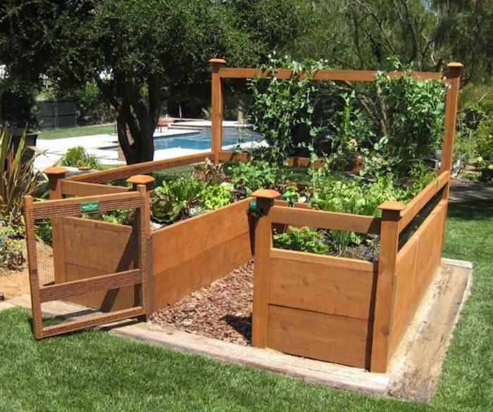 construire un carré potager en hauteur en bois