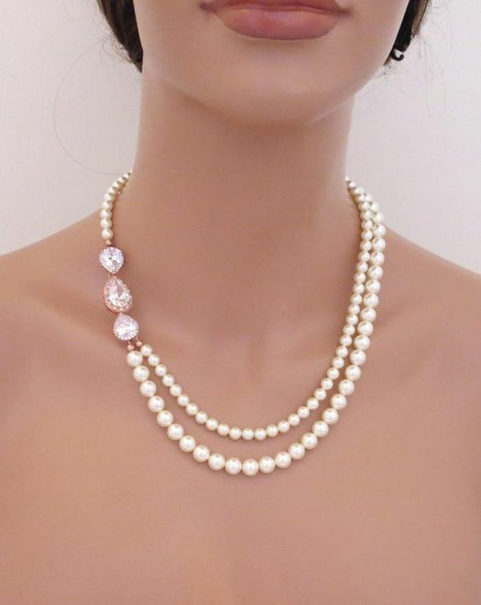 collier de perle 2 tours au sautoir avec 3 zirconiums