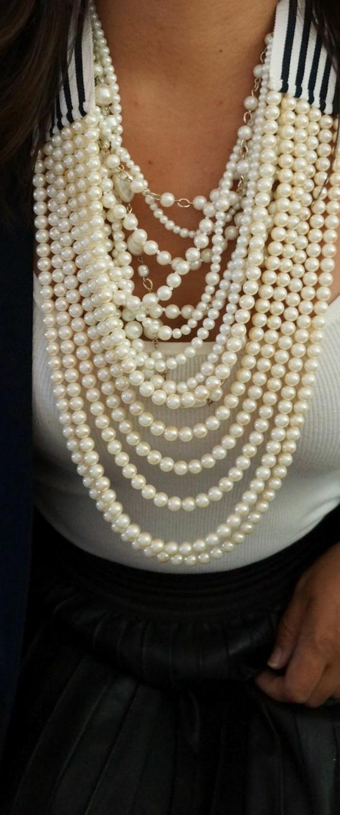 collier de perle de culture avec partie en élastique longueur maxi