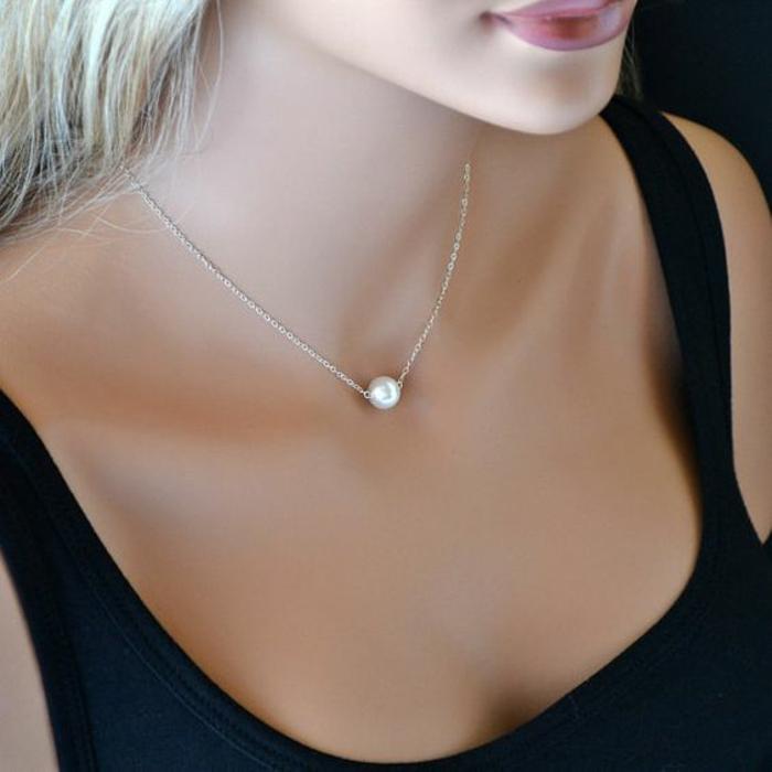 collier en perle de culture et argent maille fine longueur mini