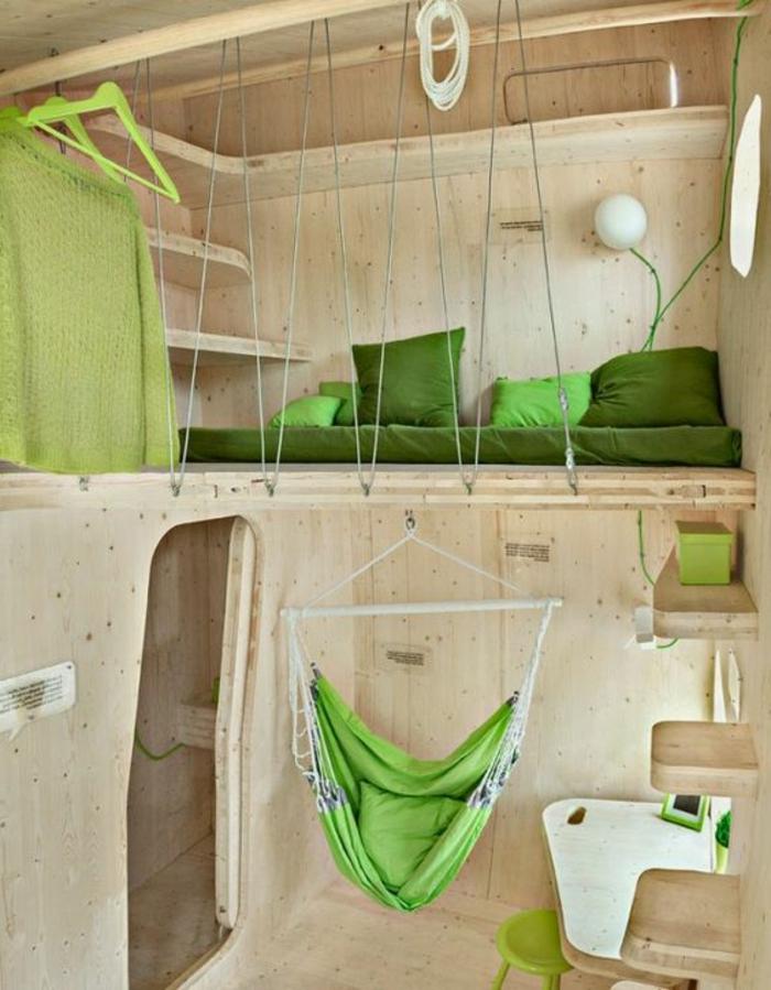 comment aménager une petite chambre, cabine en bois vlair avec hamac et petit mezzanine