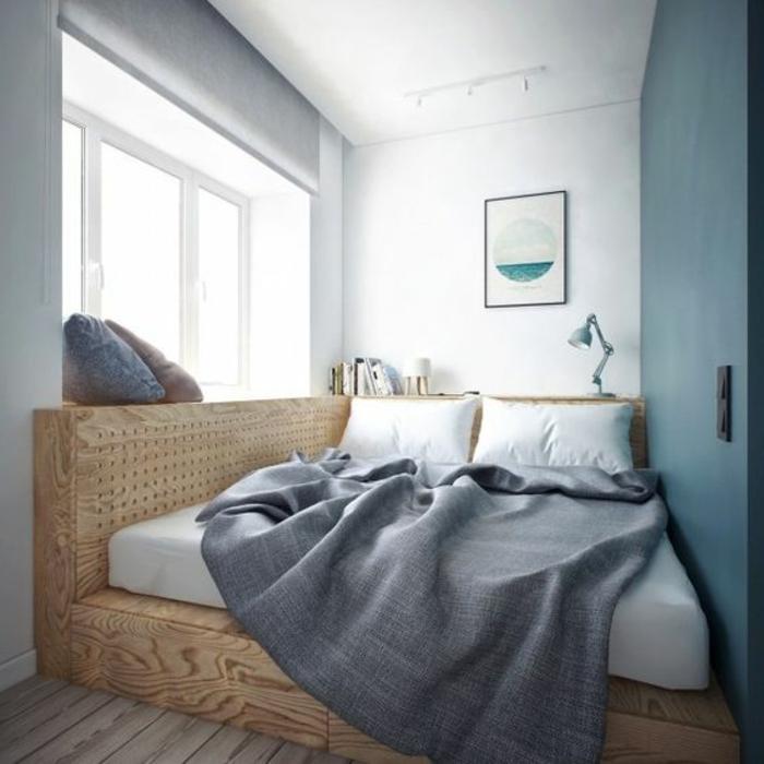comment aménager une petite chambre à coucher, plateforme en bois et matelas