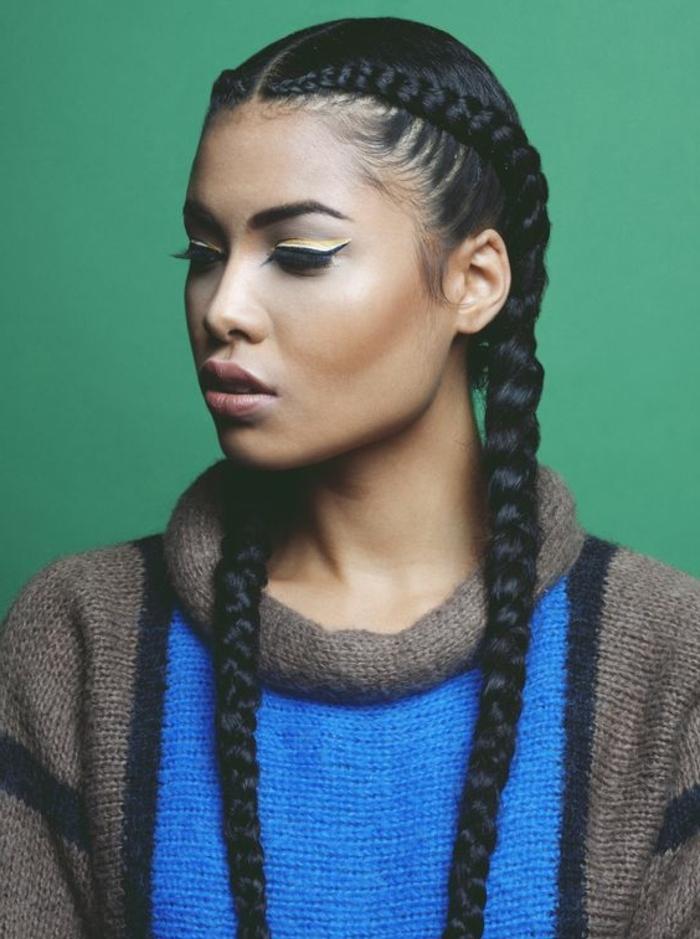 coiffure femme métisse, cheveux crépus, tresse épi de blé, type egyptienne,  pull
