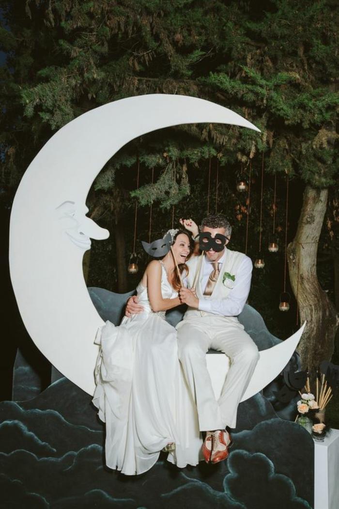 un fond photobooth onirique représentant un paysage de lune