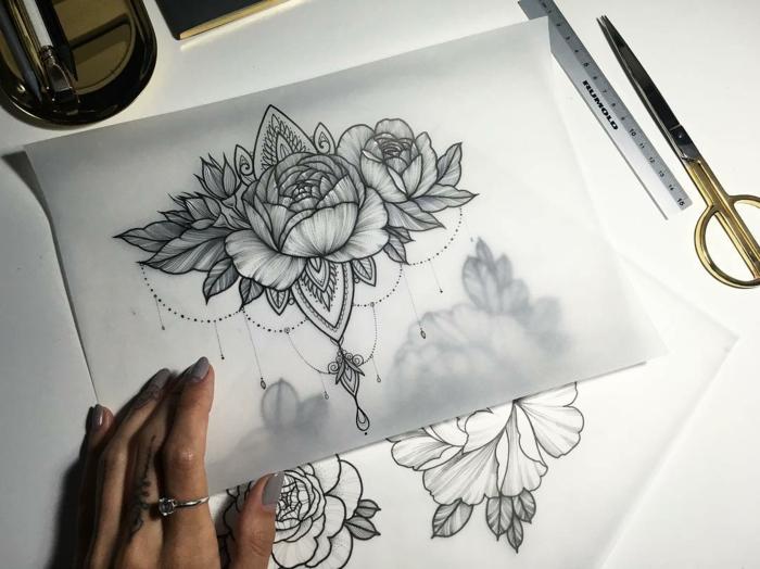 top tatouage femme epaule wallpapers. Black Bedroom Furniture Sets. Home Design Ideas
