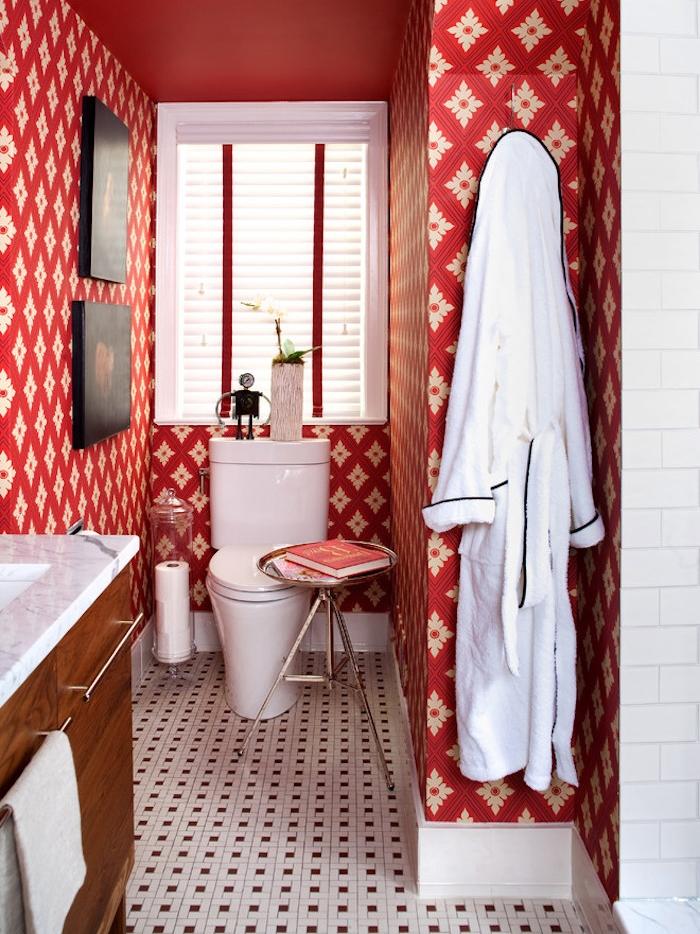 décoration wc déco toilettes vintage papier peint rouge