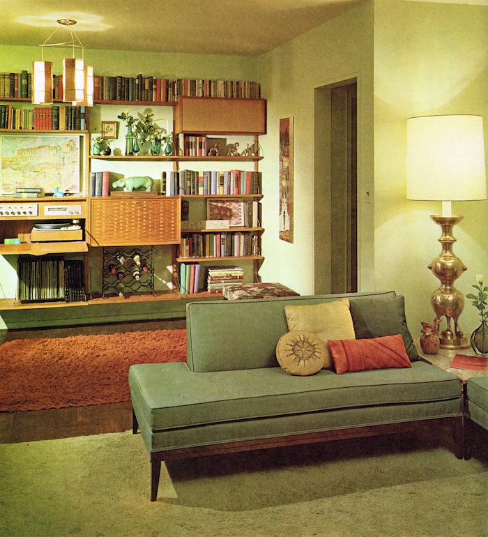vieux salon ancien dans les années 1960