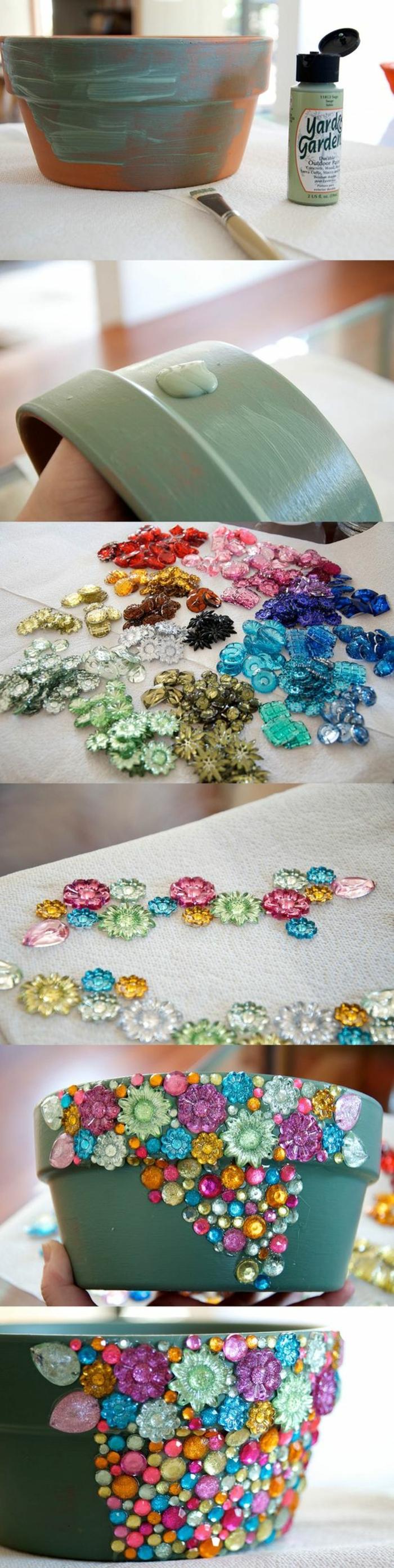 idee jardin, projet diy, perles en plastique, fleurs en plastique, pot à fleur céramique DIY, peinture acrylique imperméable