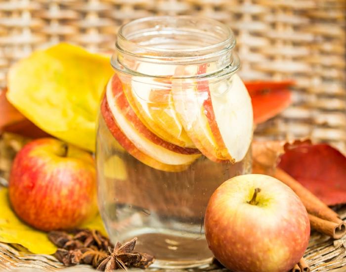 eau detox à la pomme et à la cannelle pour accélérer le métabolisme
