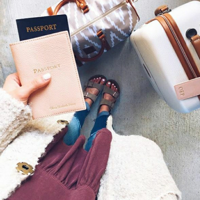 Voyage long courrier tenue pour l avion vol passport